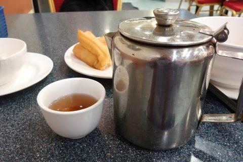 シドニー・チャイニーズレストランSuper-Bowlのウーロン茶