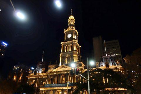 シドニー・タウンホールのライトアップ