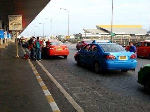 スワンナプーム空港の交渉制タクシー