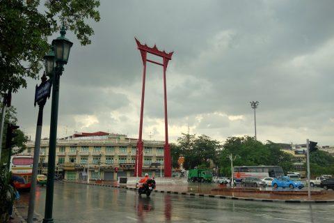 バンコクにある背の高い鳥居The-Giant-Swing
