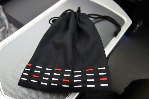 JALビジネスクラスのアメニティの巾着袋