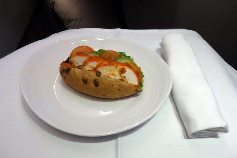 マレーシア航空ビジネスクラスChicken-Tandoori-Baguette