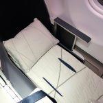 マレーシア航空ビジネスクラスA330の最後尾で眠れるか?7Aの席を体験!