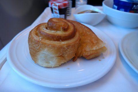 マレーシア航空ビジネスクラスKL~成田のパン