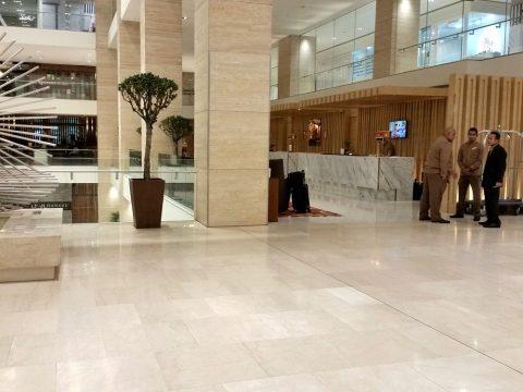 DoubleTree-by-Hilton-Kuala-Lumpurレセプション