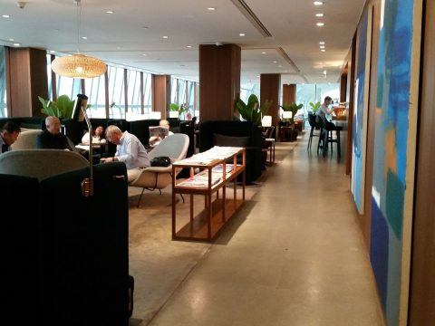 cathay-pacific-lounge-bangkok