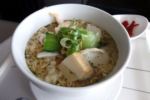 マレーシア航空機内食「Egg Noodles」