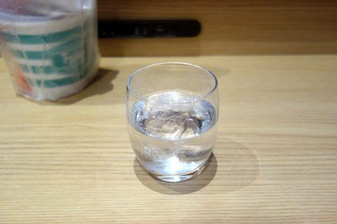 琉球泡盛をサクララウンジで飲む