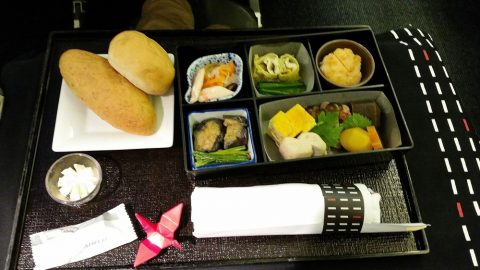 jal-businessclass-bkk-haneda和食