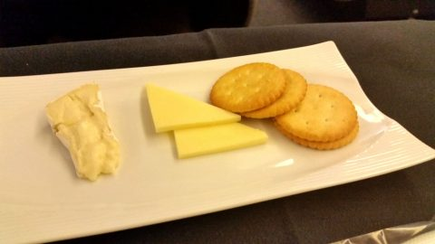 jal-businessclass-チーズが少ない