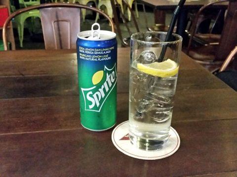 la-boca-latino-barで飲むスプライト