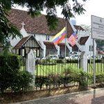 マレーシアKLのSt.Mary's教会へ‐宙に浮いたパイプオルガン