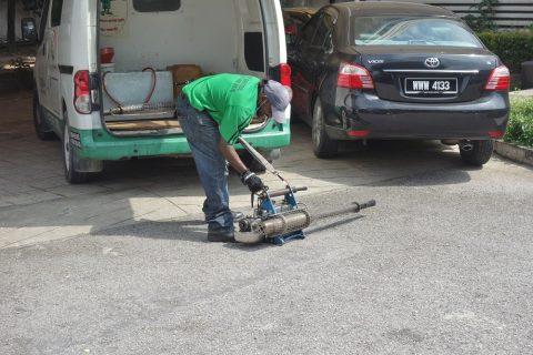 マレーシアで農薬散布