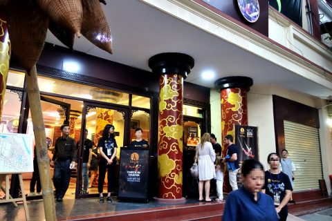 Hanoi-Vietnam-Tuong-Theaterチケットオフィス