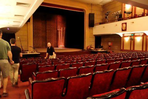 Hanoi-Vietnam-Tuong-Theaterの開演時刻