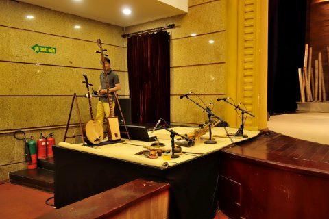 Hanoi-Vietnam-Tuong-Theater楽器