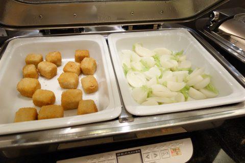 成田空港アメリカン航空ラウンジの揚げ出し豆腐