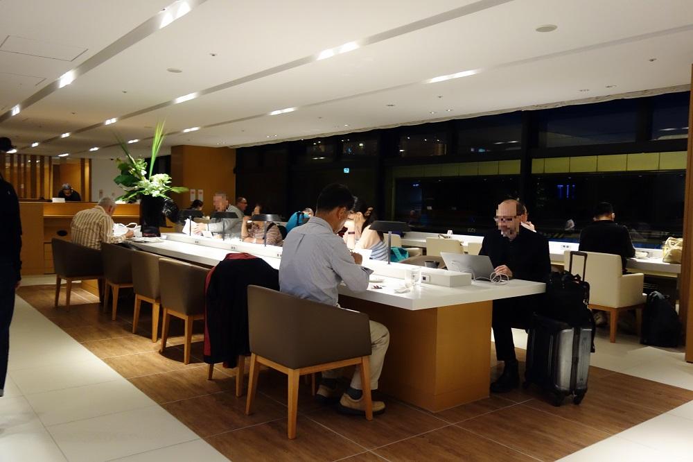 jal-sakura-lounge (18)