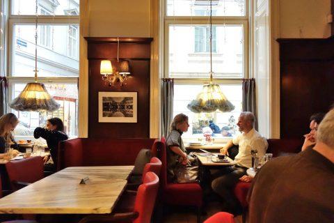 Cafe-Diglasの客層