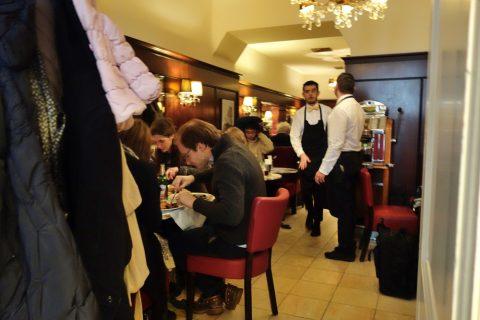 Cafe-Diglasの空席