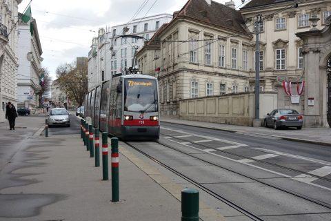 ウィーンのトラム71番
