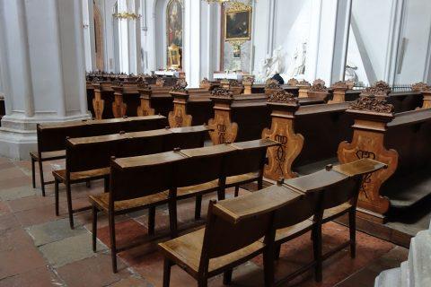 augustiner-kircheの椅子