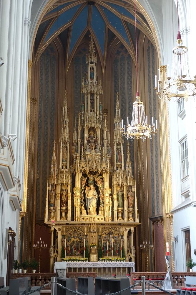 augustiner-kircheの大きな祭壇