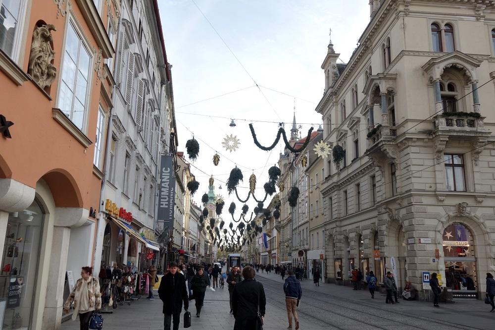 オーストリアで世界遺産の街【グラーツ】観光の楽しみ方!