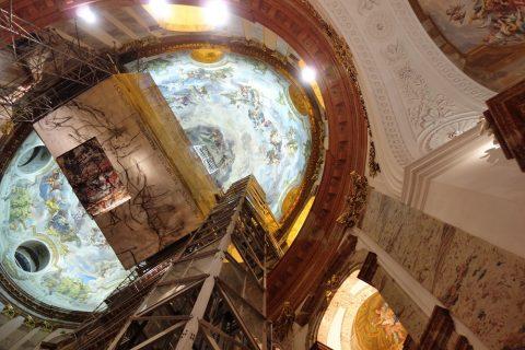 カールス教会天井のフレスコ画
