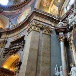 シュテファン大聖堂のすぐ近く《ペーター教会》が美しい!オーストリア・ウィーン