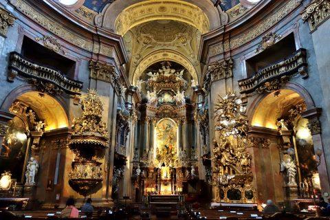 ウィーン「ペーター教会」祭壇