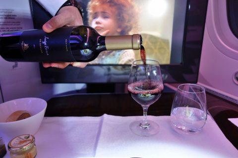 カタール航空ビジネスクラスのワイン
