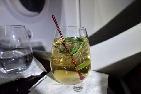 カタール航空ビジネスクラスのモクテル