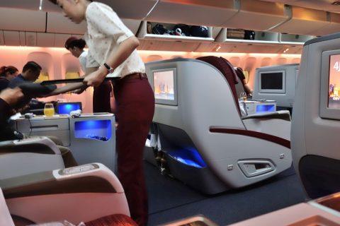 カタール航空b777-200ビジネスクラスのCA