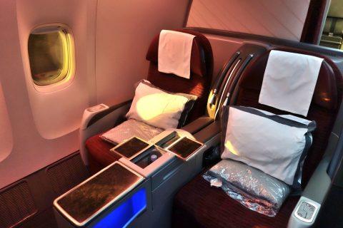 カタール航空b777-200ビジネスクラスで隣席ブロック