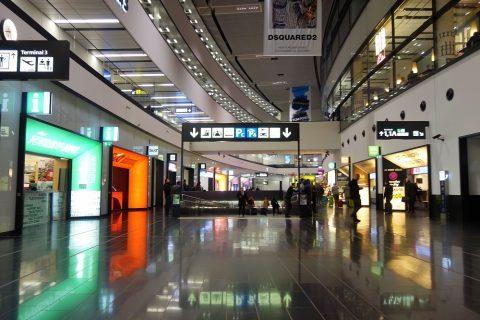 ウィーン国際空港の列車乗り場