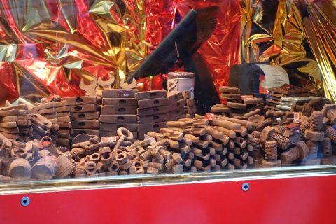 vienna-christmas-marketで見つけた工具のチョコレート