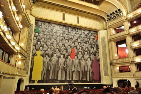 ウィーン国立オペラ座の舞台