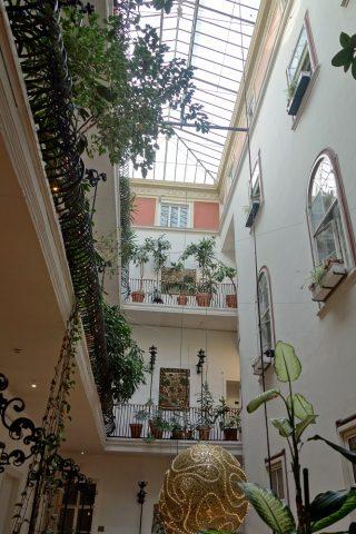 Erzherzog-Johann-Palais-Hotelの吹き抜け