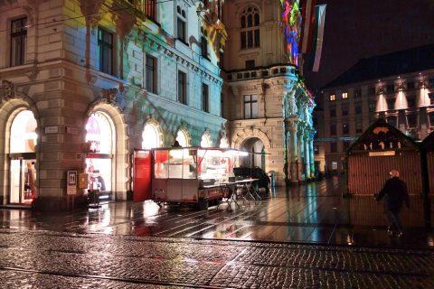 グラーツ中央広場の露店