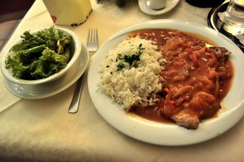 Krebsenkeller-graz/Zigeuner-Schnitzel-mit-Reis