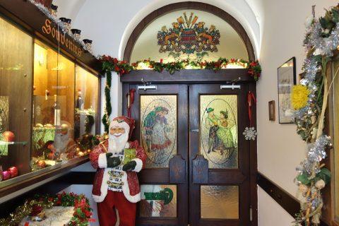 Krebsenkeller-grazの店内入口