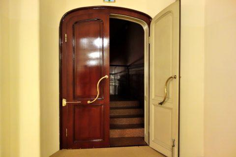 グラーツ歌劇場4階の客席入口