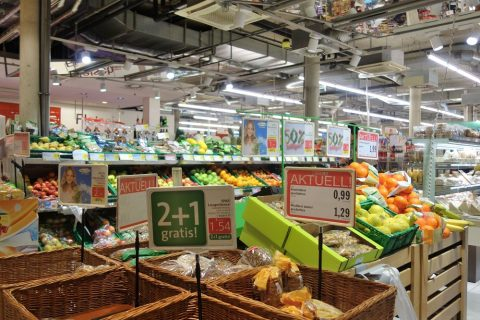 グラーツ中央駅構内のスーパー