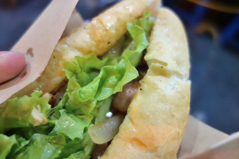 Banh-Mi-Ha-Noi-nightmarket (17)