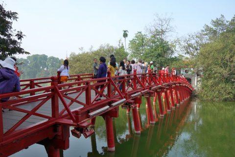 玉山祠への橋