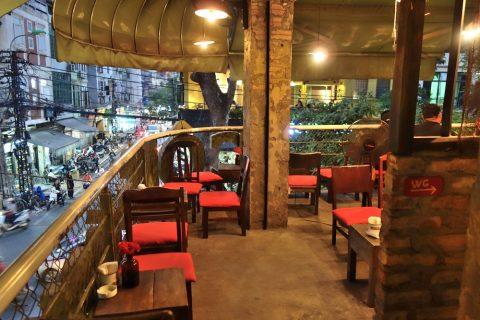 3階席/cong-caphe-hanoi