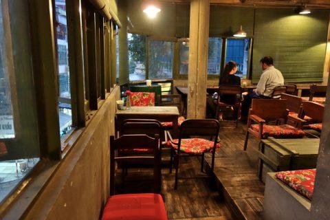 4階席/cong-caphe-hanoi