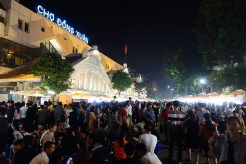 ドンスアン市場のナイトマーケット