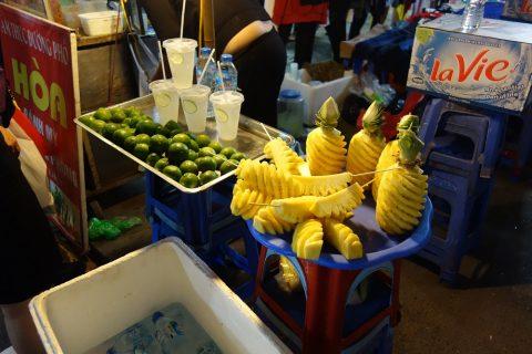 パイナップル/ハノイナイトマーケット
